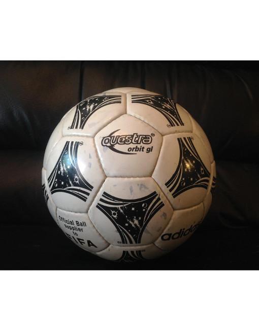 Admirable Identidad secundario  Original Adidas Questra Orbit Soccer Ball Number 5