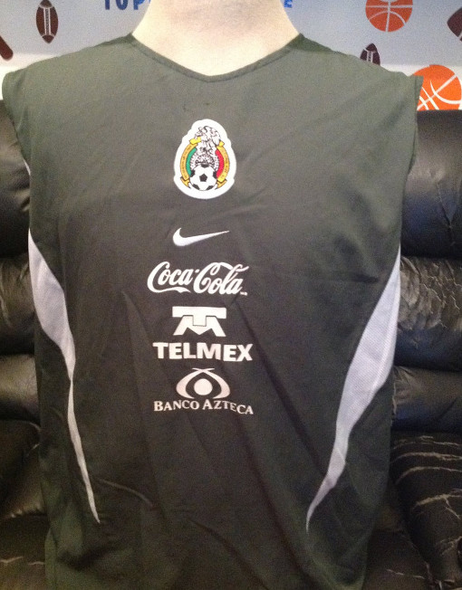 9170bcdae Original Nike Soccer Jersey Mexico Training