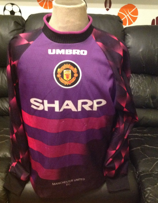 Umbro Soccer Jersey Goalkeeper Manchester United